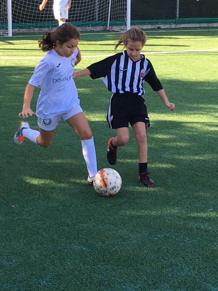 calcio femminile macerata pallone