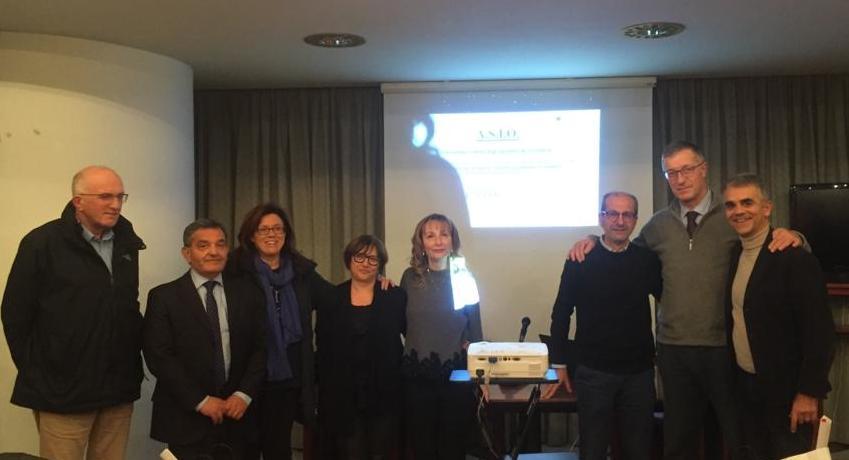 Ortodonzia e pediatria incontro a Macerata, dicembre 2019, i pediatri maceratesi col dott. Zagoreo